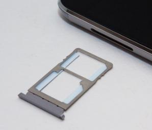 слот под симкарту - обзор UMI TOUCH 4G Phablet - скриншот 16