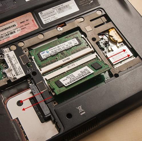 как разобрать ноутбук, скриншот 8, как снять оперативную память