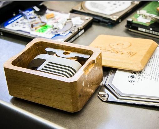 инструмент для снятия магнитных головок жесткого диска
