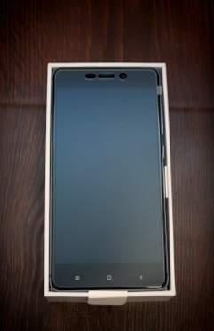 обзор Xiaomi Redmi 4 - unboxing (распаковка) - фото 3